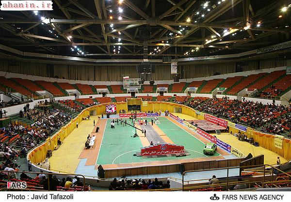 محل برگزاری مسابقات مردان آهنین