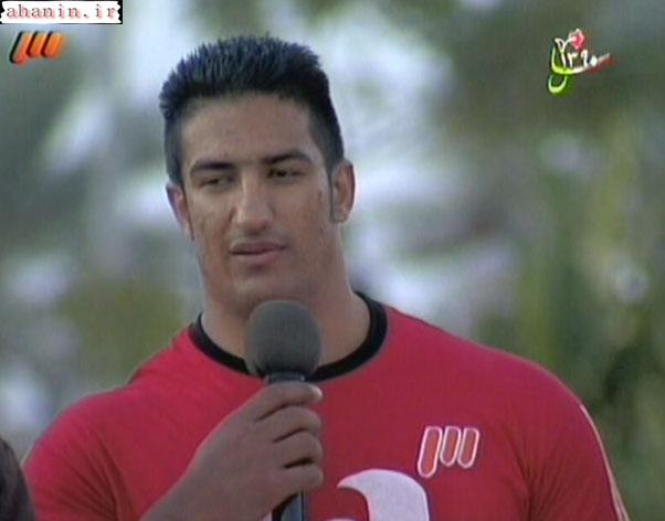 محسن آخوندی